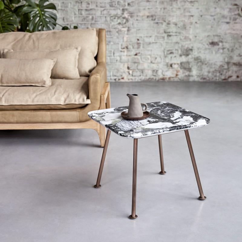 Bout de canapé Yutapi en marbre