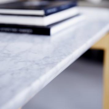 Table basse Stoneleaf en chêne massif et marbre 170x45 cm