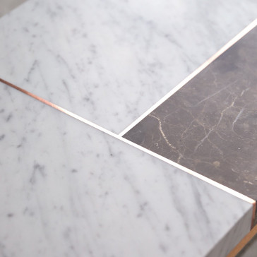 Table basse Stonepiet en chêne massif et marbre 111x48 cm