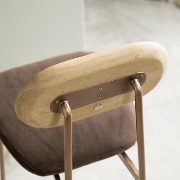 Chaise Yutapi brown en chêne