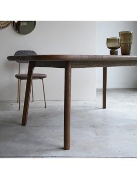 Table Mahkah en chêne massif 180x93